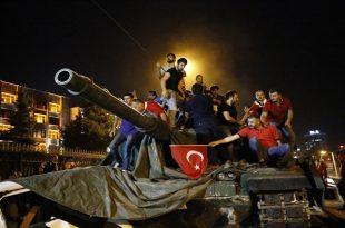 صورة للتاريخ عن الانقلاب العسكري في تركيا ضد الرئيس أردوغان