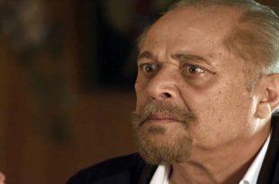 وفاة الفنان محمود عبدالعزيز تتسبب في صدمة داخل الوسط الفني