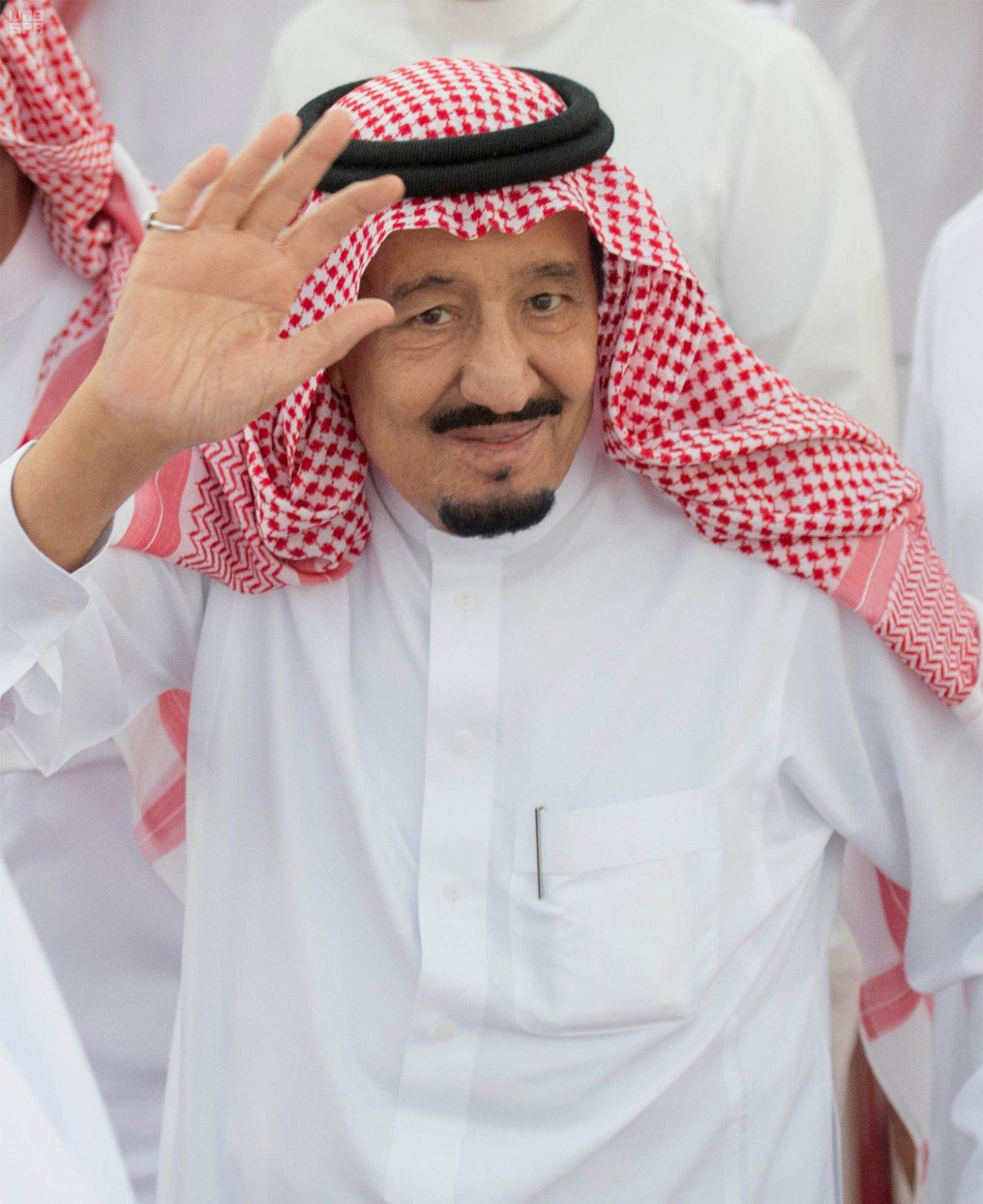 الملك سلمان في الامارات