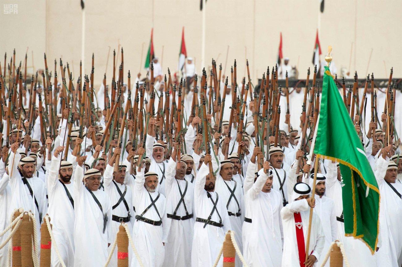الإمارات تستقبل الملك سلمان بحفاوة بالغة