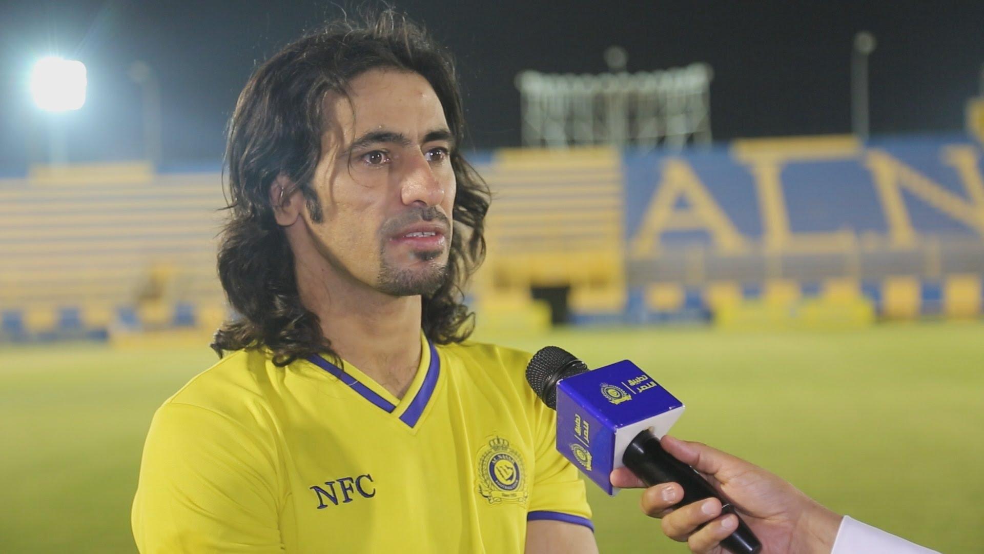 المدير الفني لنادي النصر السعودي يطرد حسين عبدالغني من مباراة الخميس الماضي