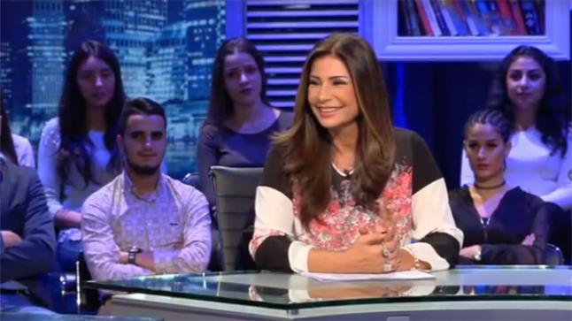 السر وراء ضحك الفنانة سوسن بدر في برنامج كلام نواعم