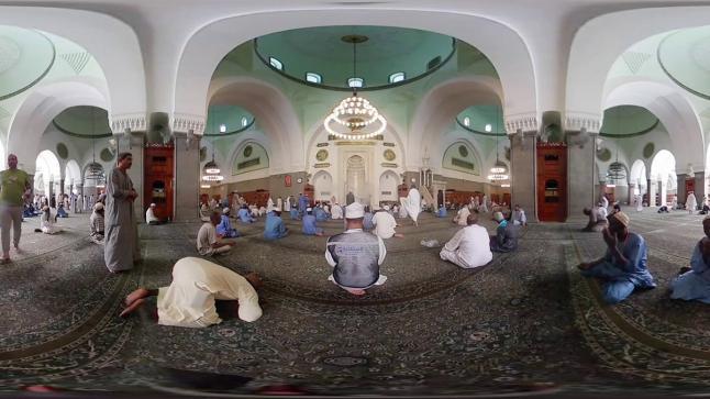 الشؤون الإسلامية تجدد فرش مسجد قباء بمبلغ 900 ألف ريال