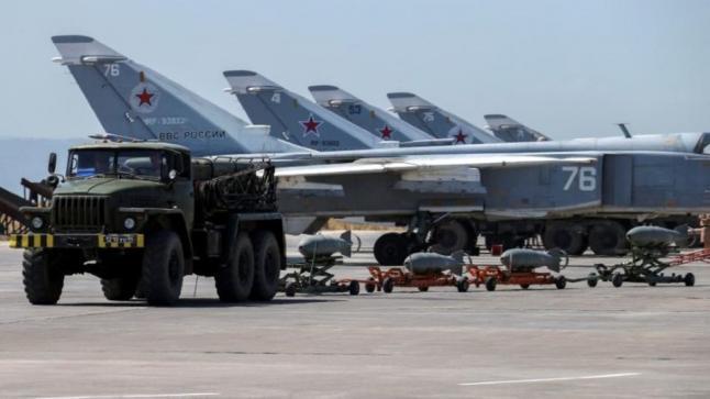 الدفاعات الجوية للنظام السوري تتصدى لهجمات صاروخية استهدفت قاعدة حميميم
