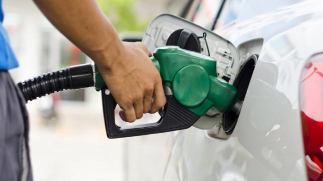 لجنة تحديد سعر المنتجات البترولية تقرر ثبات سعر البنزين بمختلف أنواعه